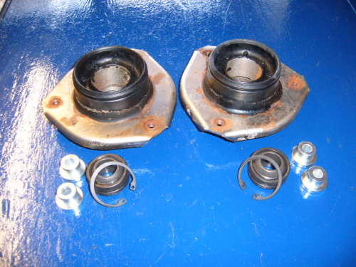 Escort Mk1,Mk2, Capri roller bearing top mounts