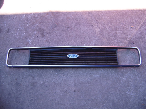 Escort Mk2 Headlight grille (square)