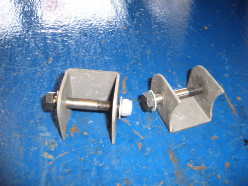 Escort Mk1, Mk2 anti-tramp bar axle brackets
