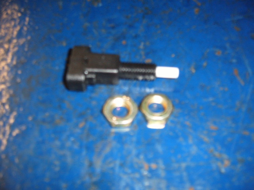 Escort Mk1, Mk2 brake light switch